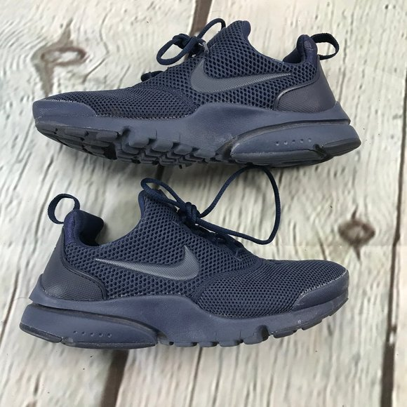 Nike Shoes | Presto Fly Big Kids Size 5